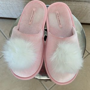 To cute Victoria Secret pink sleepers